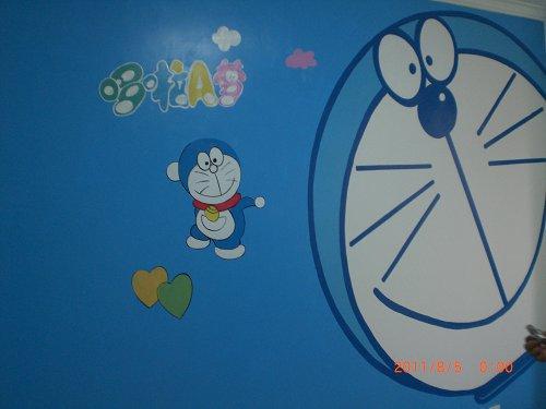 80后怀旧主题机器猫彩绘墙绘作品图片